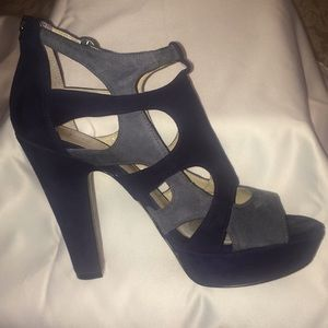 """Enzo Angiolini """"Eamontie"""" DKBL/DGY Sandals."""